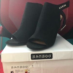 Bamboo Frenzy style shoes